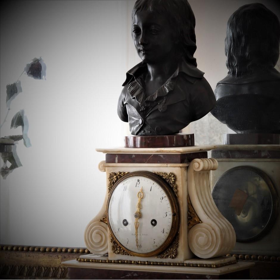 Pendule au buste de Louis XVII